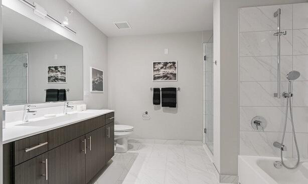 Chicago Penthouse-Bathroom