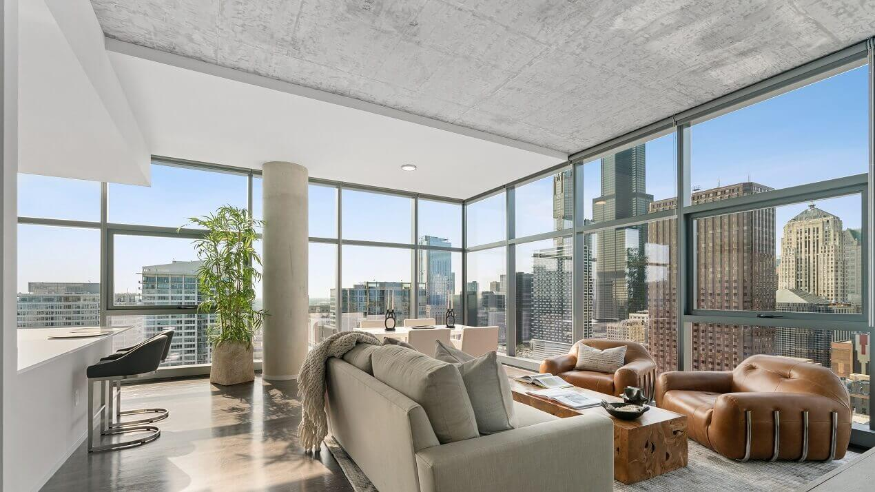 Chicago Penthouse Apartment Outdoor Terrace