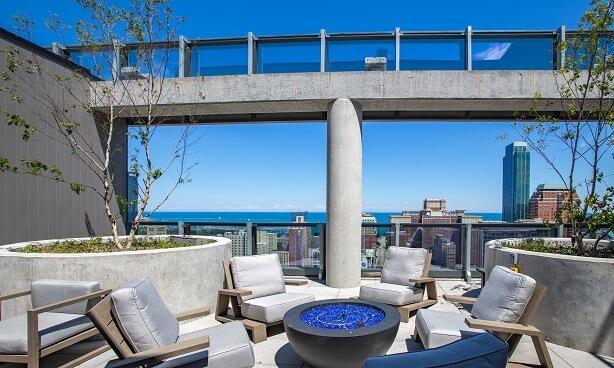 South Loop Apartment Rooftop Amenities